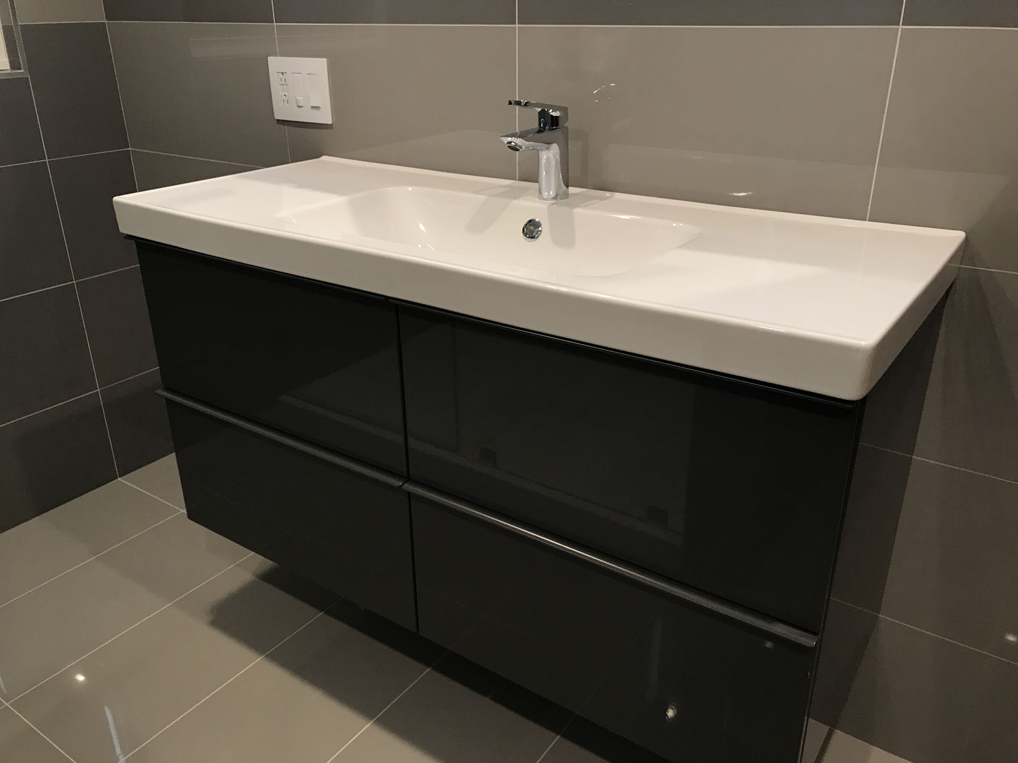 Rafal Wasniowski Author At Sunny Construction Remodeling - Bathroom remodel schaumburg il