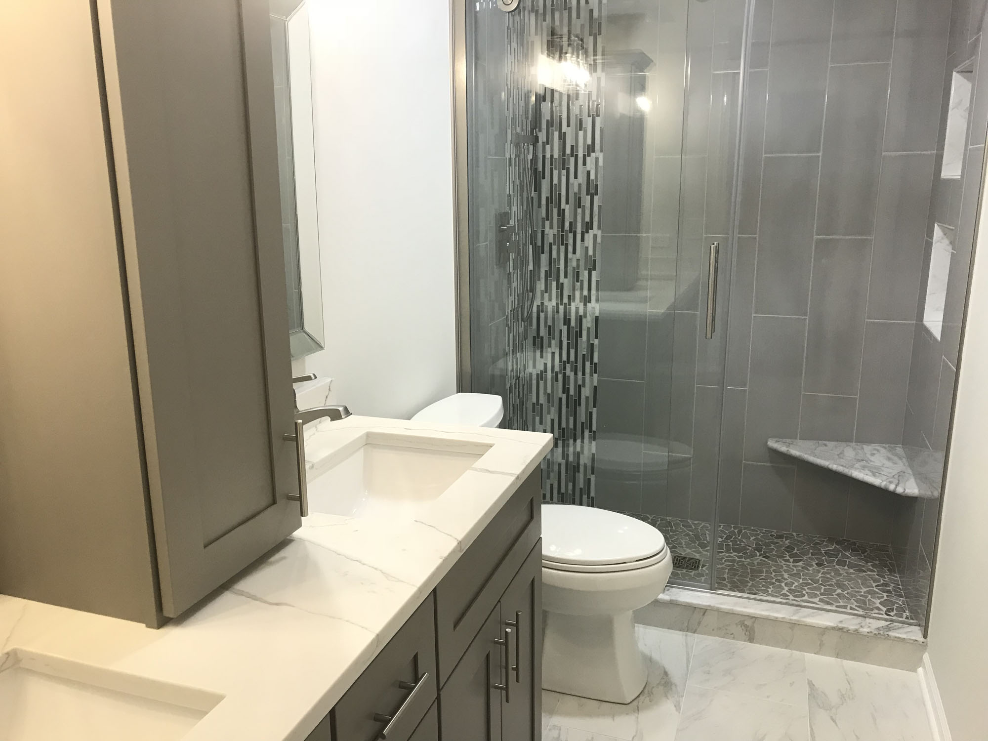 Remodeling contractors chicago sunny construction for Bathroom remodeling contractors chicago