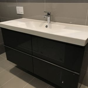 Bathroom Remodeling Schaumburg new countertops and cabinets