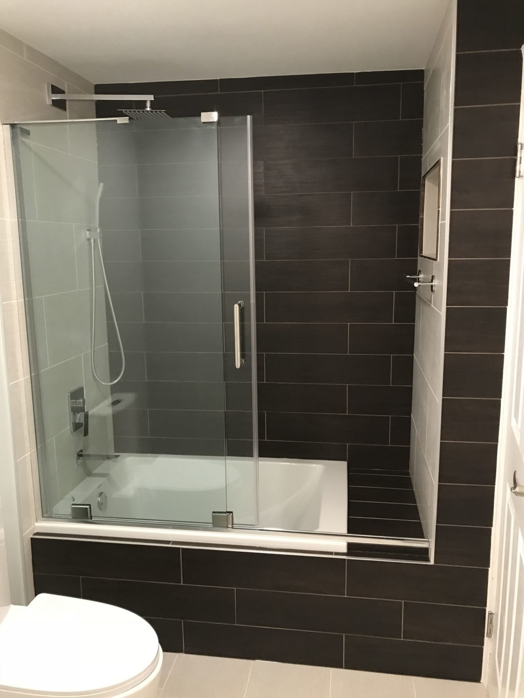 MasterBathroom remodeling in Schaumburg - new shower