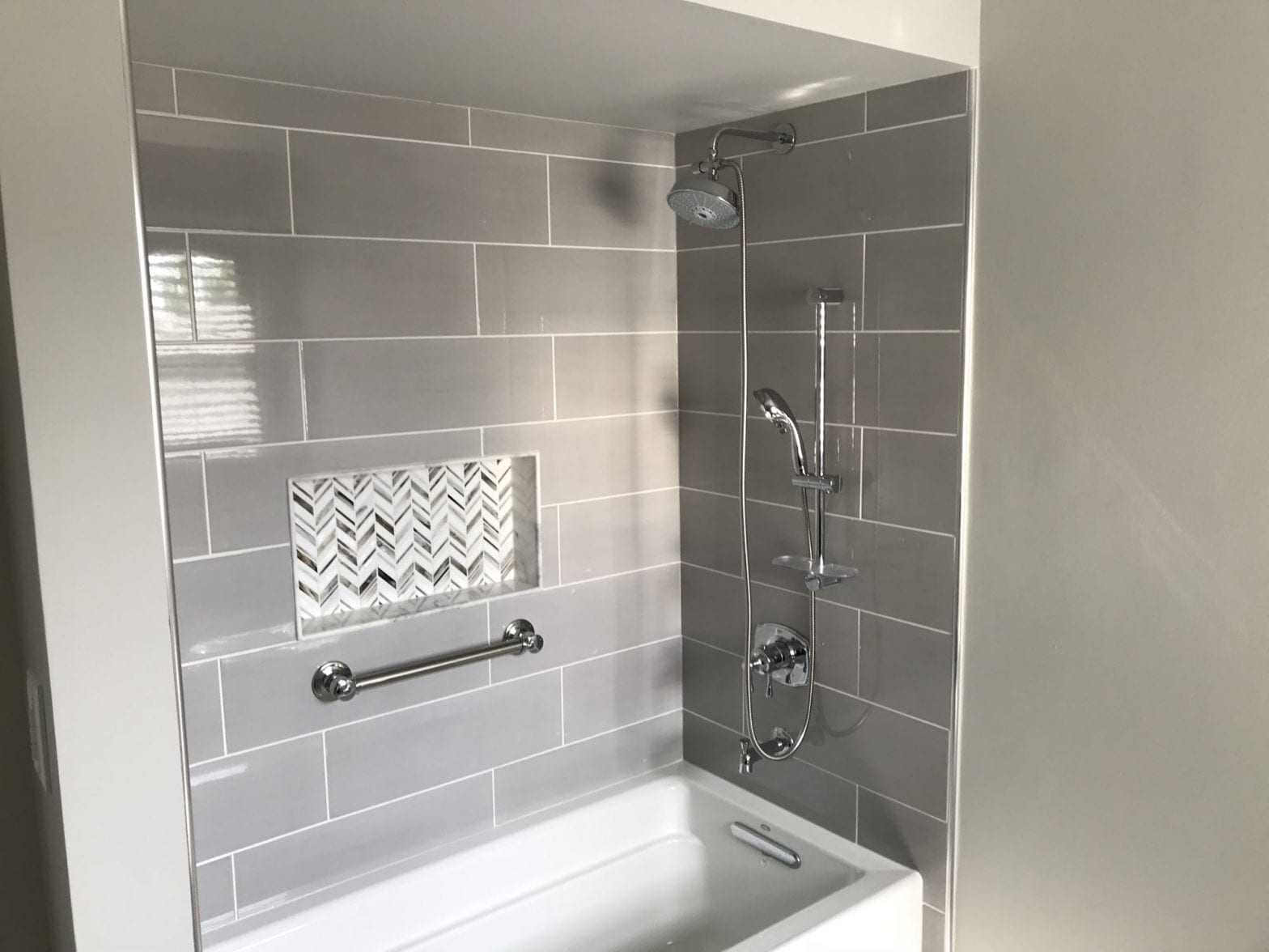 Bathroom remodeling in Schaumburg - new shower and tile