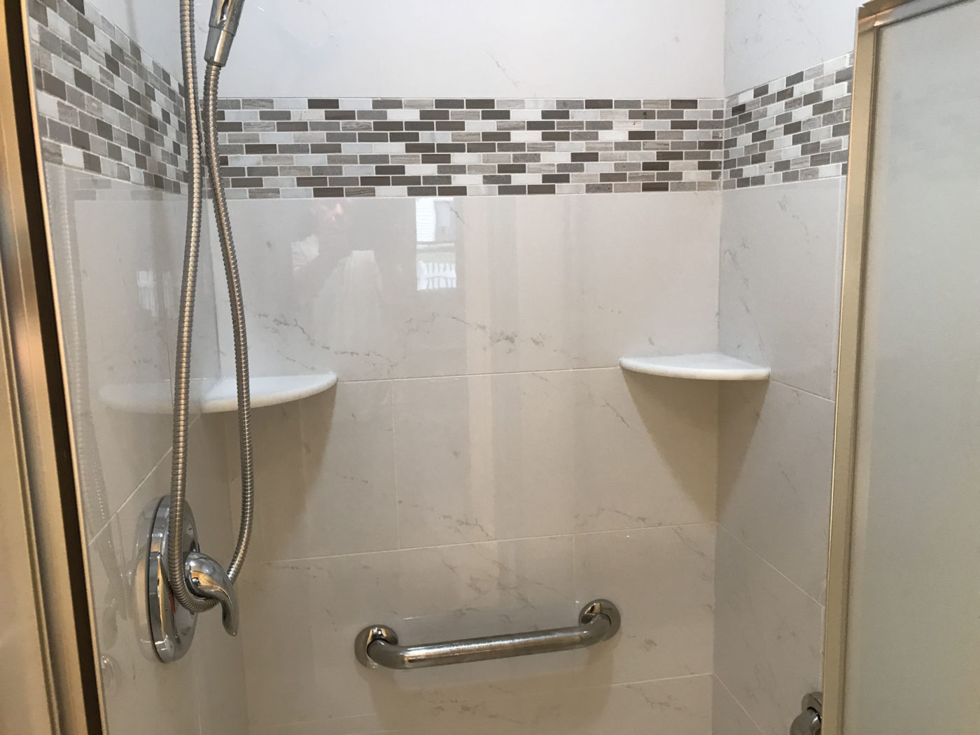 New bathroom in Elk Grove Village - new shower