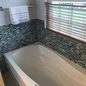 Bathroom Remodeling in Carpentersville - new tub and mosaic tile