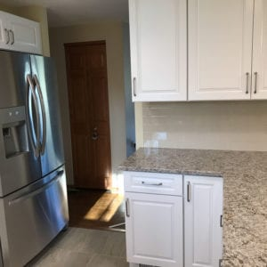 Newly installed kitchen cabinets in Schaumburg IL